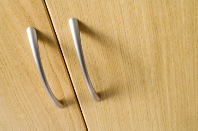 Fine Grain Wooden Doors And Handles Sbm